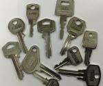 La ferre de l'avinguda - llaves de serreta - claus de serreta